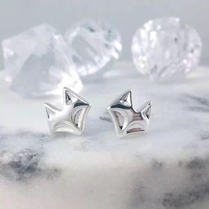 🎉 New Silver Plated Fox Stud Earrings